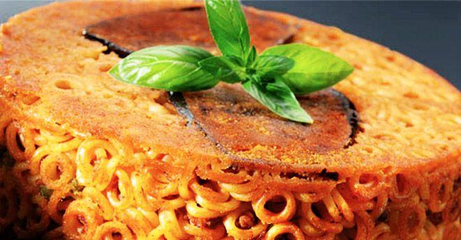 Prima ti lusinga, poi ti annienta: sua maestà la Pasta a Forno ha anche una versione sana