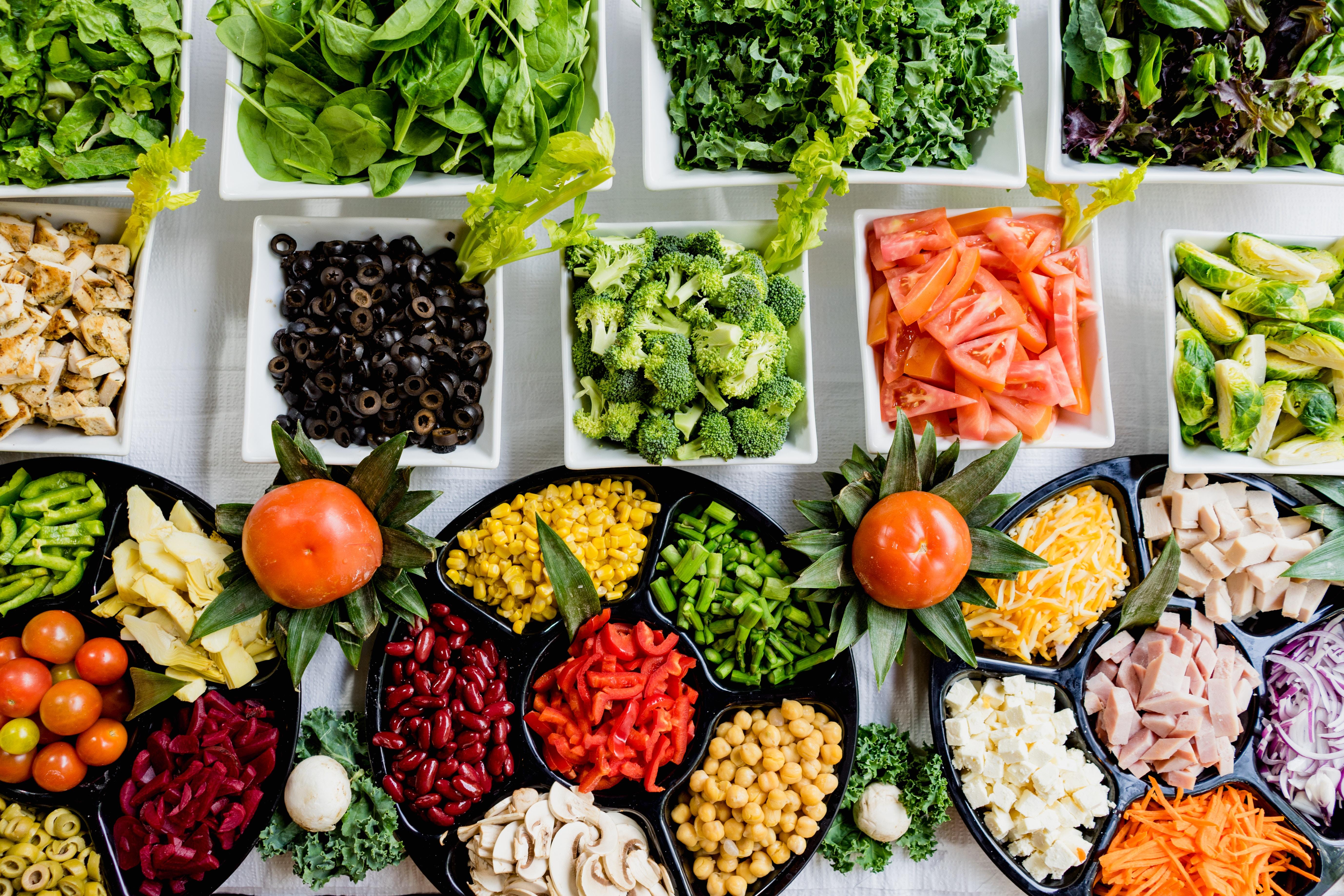 I 5 nutrienti e i 7 gruppi alimentari alla base della nostra alimentazione